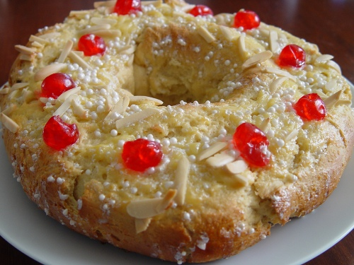 Argentinian rosca de Reyes