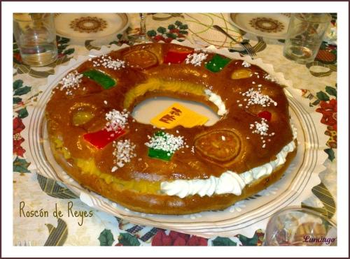 Spanish roscón de Reyes